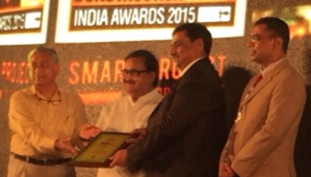 Parsvnath Developers wins the 'Smart Project of Year' award for its project 'Red Fort Parsvnath Tower'